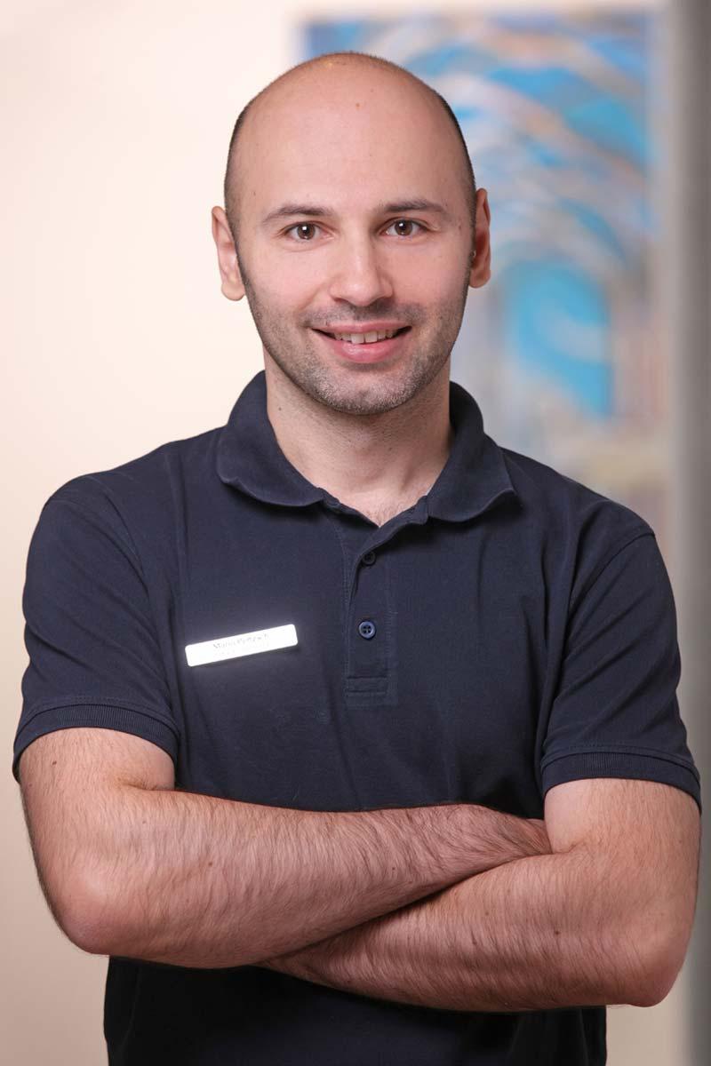 Facharzt für Mund-, Kiefer - und Gesichtschirurgie Mario Pertzsch
